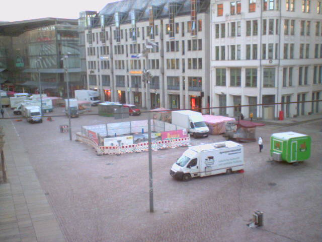 webcam am markt in chemnitz sachsen juwelier roller. Black Bedroom Furniture Sets. Home Design Ideas